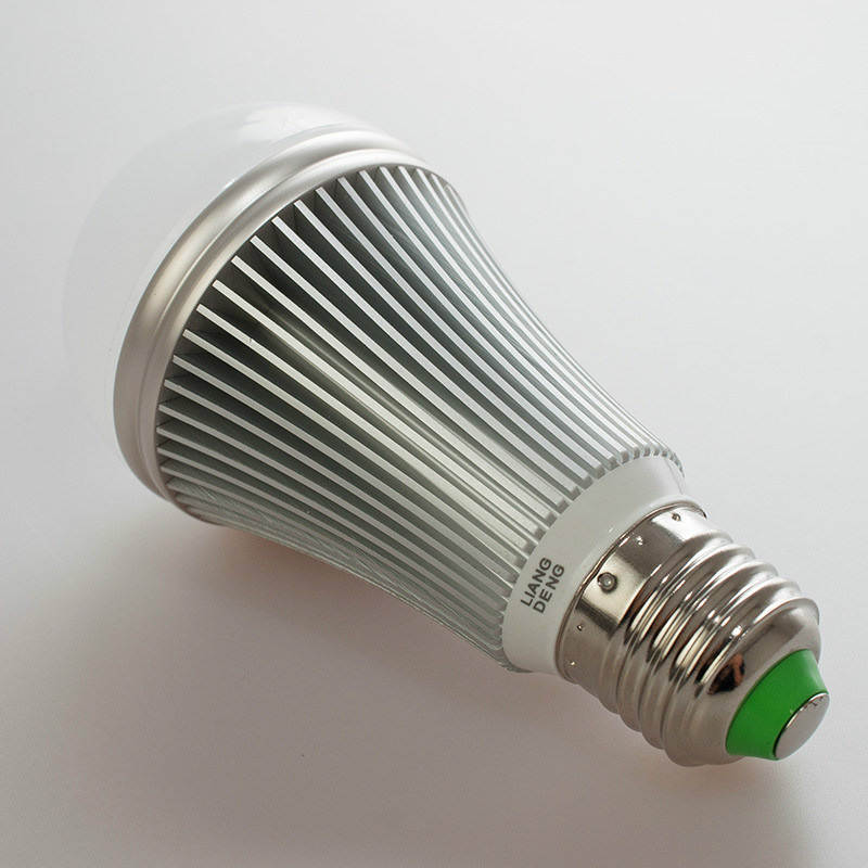 New!!environmentally friendly and durable LED Bulb Lamp GY701 7w Cold white/warm white LED Bulb Free shipping