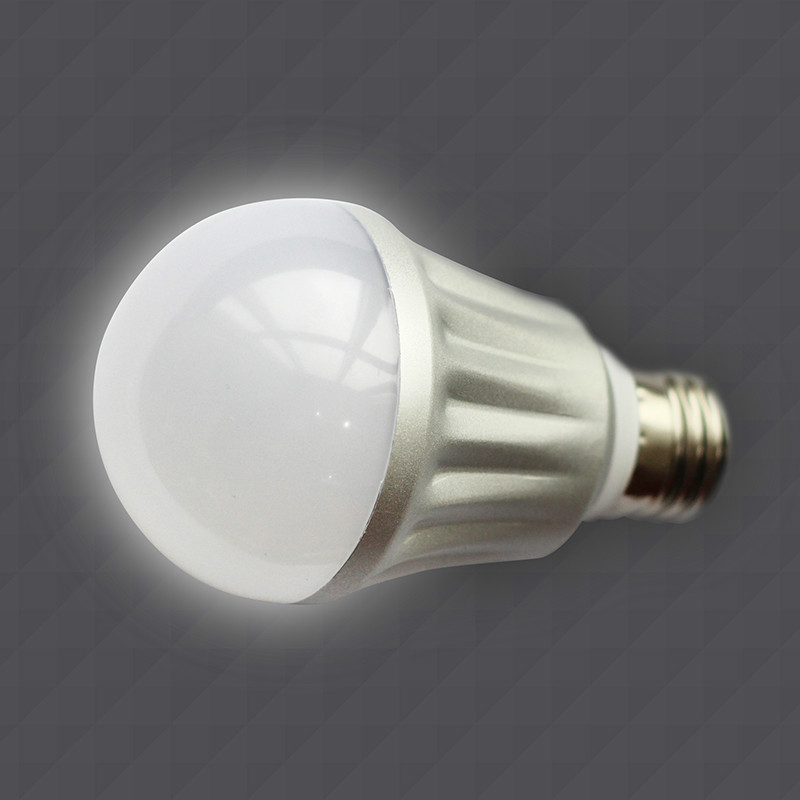 High efficient 6W Dimmable COB LED bulb lamp