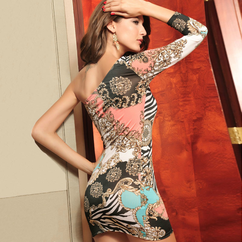 Ladies fashion printing oblique oblique collar women in Europe and America sexy club dresses